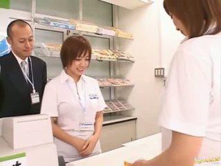 Ázijské babes hardcore jebanie klip