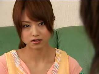 Ασιάτης/ισσα έφηβος/η akiho yoshizawa