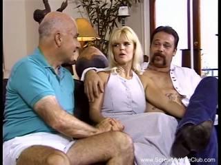 Neuken mijn vrouw in de bips alsjeblieft, gratis neuken de bips hd porno a2