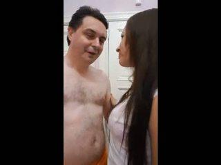 Andrea diprè fucks un cubana chica (yuri)