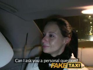 Faketaxi enza fucks tôi trên camera đến cho đến cô ấy ex - khiêu dâm video 111