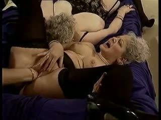 Een nous les mamies: gratis oma porno video- ad