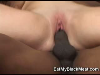 Moist Sexy GeorGia Peach Slamming Her Bald Snatch On A Throbbing Cock
