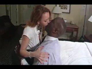 Sexy amateur cougar rijpere vrouw interraciaal hoorndrager liefde