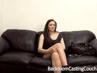 Squirting surpresa e primeiro ejaculação na cara casting