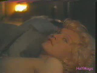 Madonna 裸体