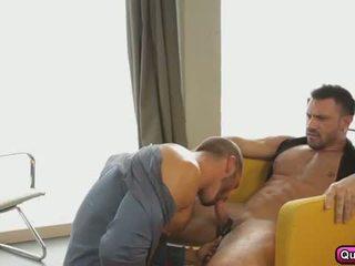 Ghairah dubur seks dalam yang pagi