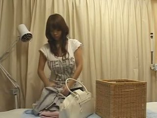Jepang pijat besar payudara tetek buah dada besar asia groupe