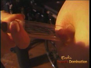 Luscious červenovlasé tart enjoys being spanked ťažký v the