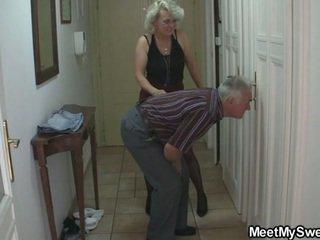 mamme e ragazzi, pervertita, nonno