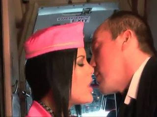 Bigcock pilota cazzo suo migliori hostess aboard