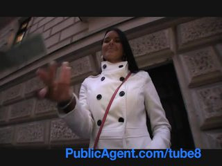 Publicagent agata wondermooi foxy blue eyed brunette
