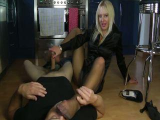 Blonde naught footjob Video