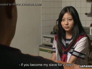 Asiatiskapojke cuttie getting creamed och hon gets körd