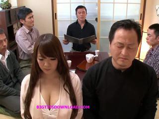 țâțe, japonez, sanii mari