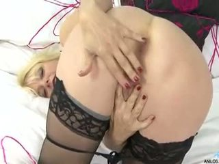 Bigtit Cougar Fucks Her Cock Starved Pussy