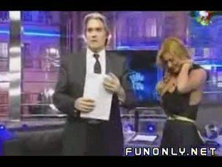 Boob slip on argentinaly tv