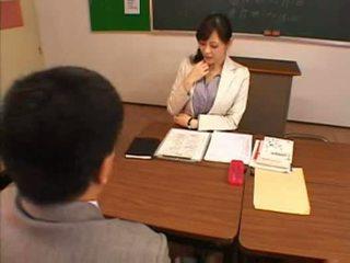 Japānieši skolotāja 1