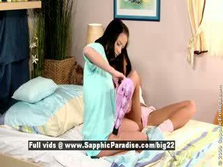 Jess і dara від sapphic eroticalesbian дівчинки licking