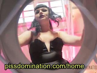 Quinn helix emo dominação feminina pov piss