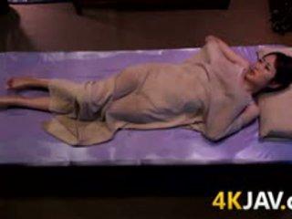Jepang babe massaged
