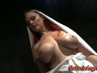 Vrouwelijke dominantie non dominates bondage guy
