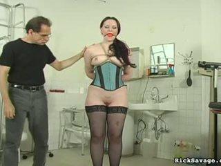 Sexy teef gets hog tied en tittortured