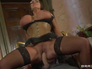 Emma bokongé has her hot burungpun fucked hard video