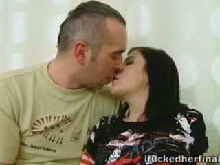 黑妞, 口交, 接吻