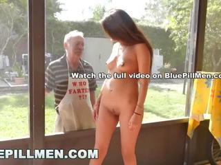 Blue pill men - vecs men būt a cookout ar pusaudze stripper jeleana marie