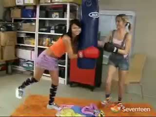 Lesbisch boksen meisjes
