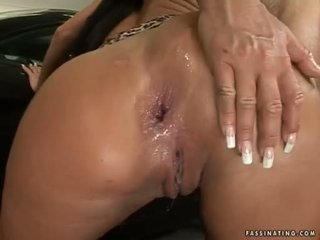 Gelembung butted babeh christina bella acquires a load of cream pie in her luch holes
