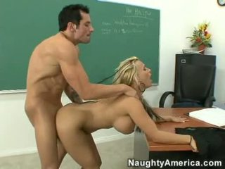 Golden Haired Bitch Holly Halston Acquires Her Face Glazed With A Milky Load Of Cock Spurt