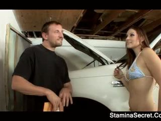 Elizabeth любимец keeping тя кола premium надолу