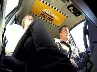চেক taxi 22