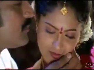 Telugu actrice raasi heet eerste nacht scène
