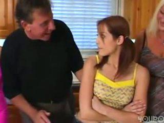 Oud stap pa seduced jong schattig tiener dochter
