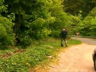 Bbw rasva läkkäämpi mummi kanssa iso koekäytössä perseestä sisään the metsä