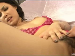 Sexo con asiática peluda gal