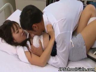 하드 코어 섹스, 큰 가슴, 젊은 작은 아시아