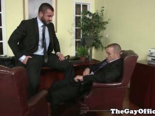 Homo kantoor hunk getting throatfucked