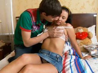 Lustful člověk kisses holky