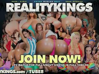 Realitāte kings -savanna does anāls