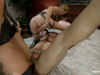 Maitresse Madeline Cuckolds Her Boyfriend With A Woman1