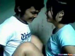 Sex-tape van jong aziatisch koppel