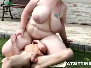 Obese BBW mistress Diana gets her pussy & ass worshipped