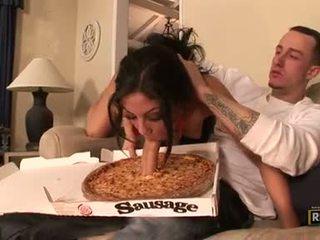 Charming seksowne eva ellington munches a ciężko pecker w jej usta jak a sausage