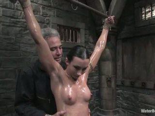 ハード bodied 女の子 ある tied と tickled