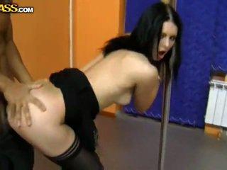 hq brunette neuken, plezier hardcore sex, meer pijpbeurt film