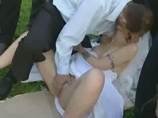 public fun, brides, hardcore